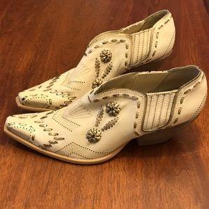 BCBG Girls leather western booties